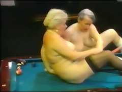 retro lesbian babes grannys r1010