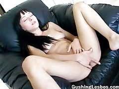 lesbo hottie filming her part5