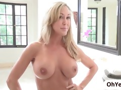 stepmom brandi love seduces golden-haired lia