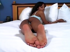 darksome gal joi to her feet