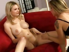 lesbo golden-haired seduces ally for snatch