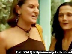 gal eat gazoo for money