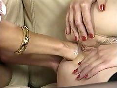 classic lesbo anal fisting scene