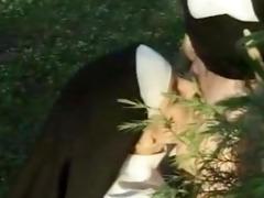 lesbo nuns